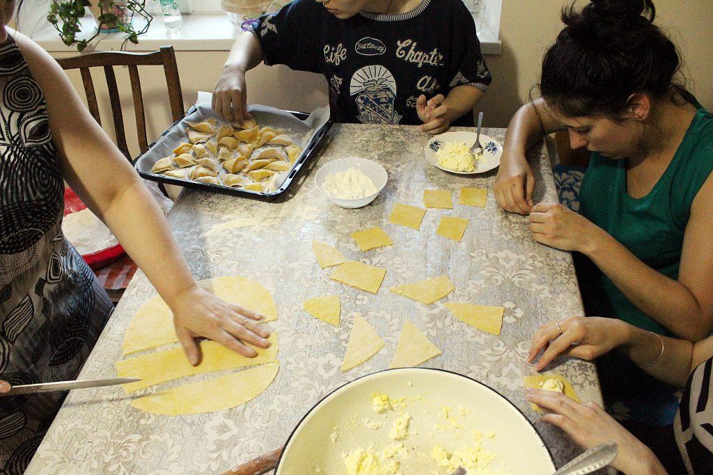 cuisine-moldave-vareniki-preparation