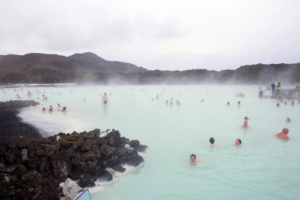 incontournables-islande-blue-lagoodn