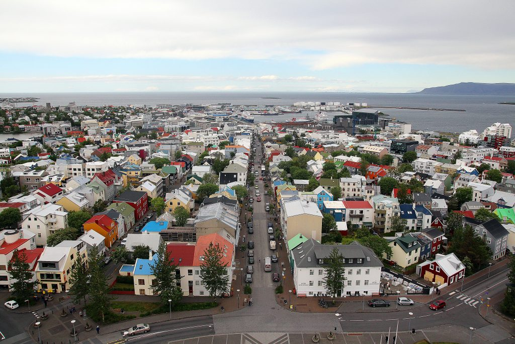 incontournables-islande-hallgrimskirkja-reykjavik