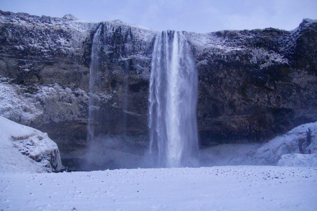 incontournables-islande-seljalandsfoss
