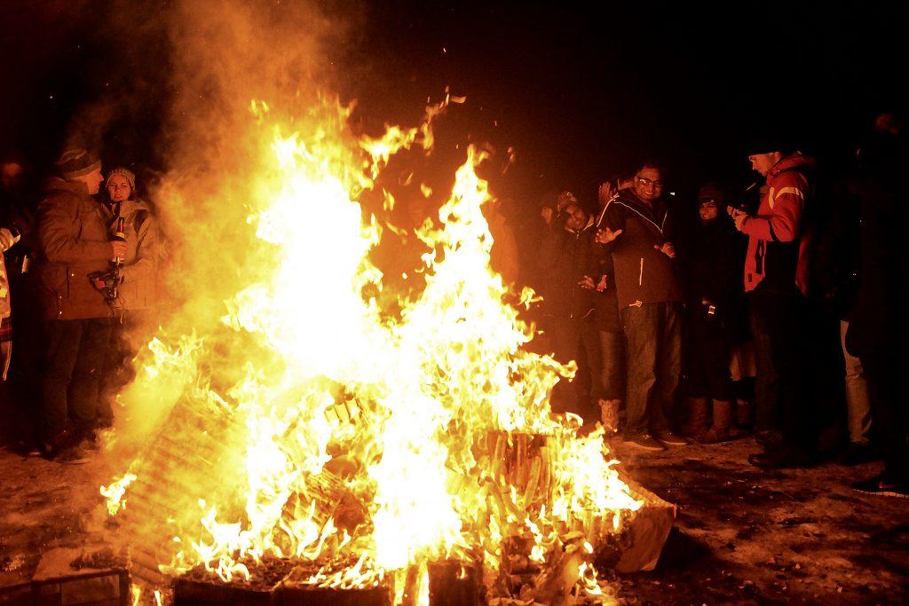incontournables-islande-reykjavik-nouvel-an-feu