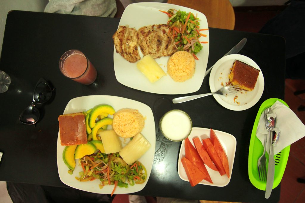 couchsurfing_bogota_food