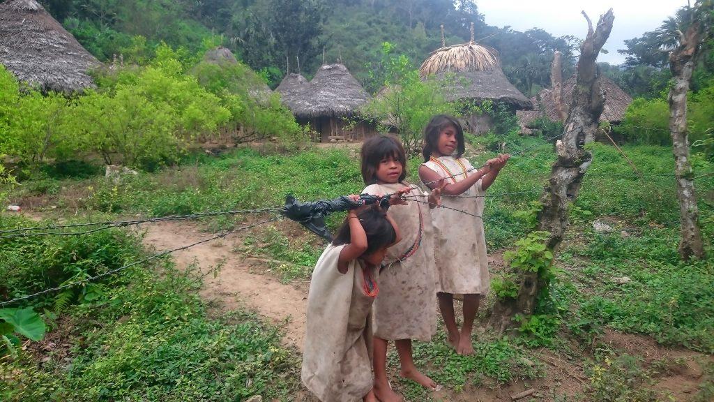 trek_enfants_indigènes