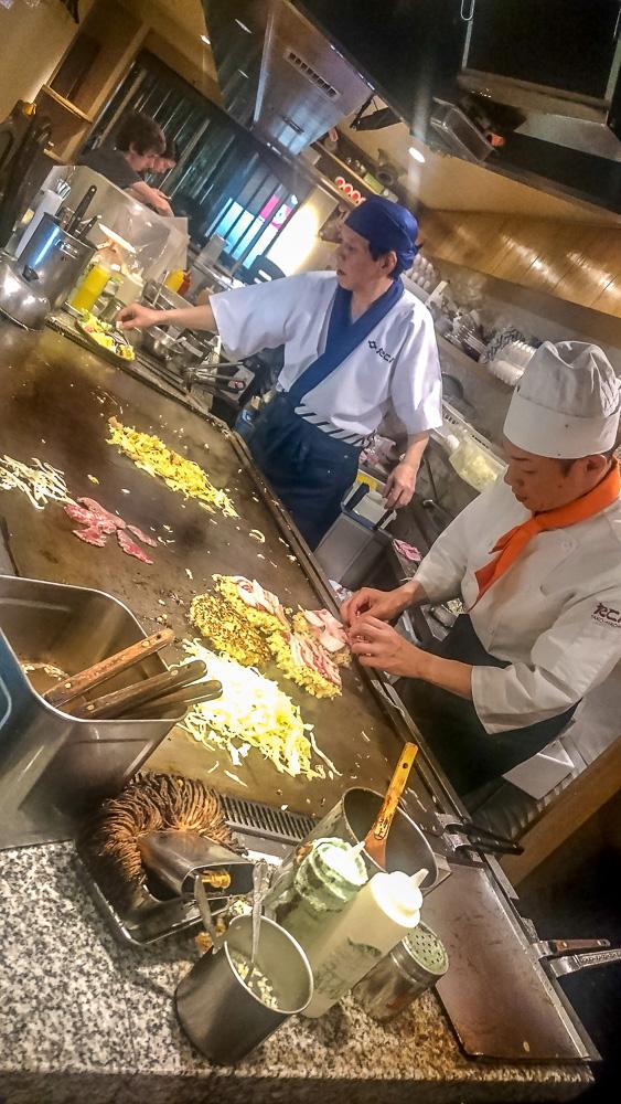 cuisine_japonaise_okonomiyaki_chef